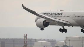 Japan Airlines Dreamliner Boeing 787 que aproxima-se filme