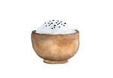 Japan-Reis und schwarze Samen des indischen Sesams in einer hölzernen Schüssel lizenzfreie stockbilder