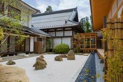 japan sendaï Le temple de Rinnoji Pierres de jardin Photographie stock libre de droits