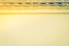 Japan-Wand mit altem mit Ziegeln gedecktem Dach , Gefiltertes Bild verarbeitetes vinta Lizenzfreie Stockfotografie