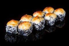 Japaner rollt mit Kaviar Stockfoto