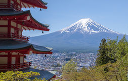 Japanese Chureito pagoda and Mountain Fuji Royalty Free Stock Image