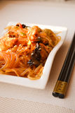 Japanese Cuisine - Fried Noodles (udon) With Beef And Vegetables Royalty Free Stock Images