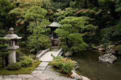 Japanese garden lake in kyoto temple area Stock Photos