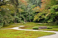 Japanese garden Yoshikien Royalty Free Stock Photos