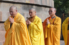 Japanese monks perform Buddhist rituals Royalty Free Stock Photos