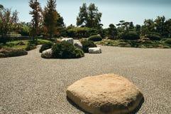 Japanische Art-Steingarten Lizenzfreies Stockfoto