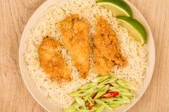Japanische Art tiefer Fried Chicken Tempura With Rice Stockbilder