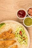 Japanische Art tiefer Fried Chicken Tempura With Rice Lizenzfreie Stockfotografie