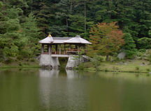 Japanische Brücke lizenzfreie stockfotografie