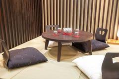 japanisches esszimmer stockfotos – 2 japanisches esszimmer, Esszimmer dekoo