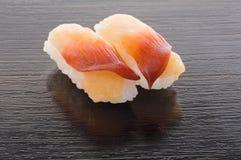 Japanische Hokki Gai Sushi Stockbilder