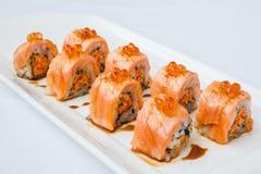 Japanische Küche Lachs-nigiri Rollensushi Lizenzfreies Stockfoto