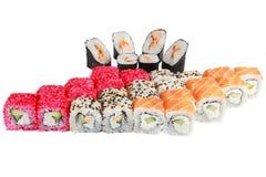 Japanische Küche vom Reis und von den Meeresfrüchten, Satz von 4 Rollen Lizenzfreies Stockfoto