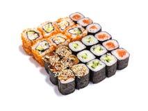 Japanische Nahrung Verschiedene Rollen eingestellt auf weißen Hintergrund Stockfotografie