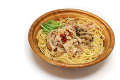 Japanische Pilzspaghettis im weißen #2 Lizenzfreie Stockfotos