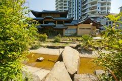 Japanischer Garten in Sochi, Russland Lizenzfreies Stockbild
