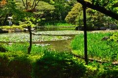 Japanischer Garten und Seerose, Kyoto Japan Lizenzfreies Stockfoto