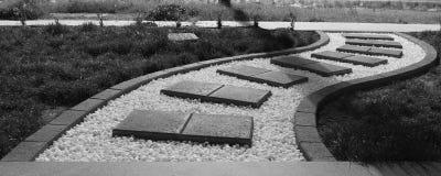 Japanischer gebogener Kiesel, der Bahn pflastert Lizenzfreie Stockfotografie