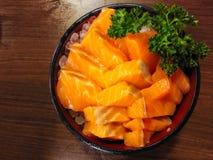 Japanischer Nahrungsmittelsashimi-Lachssatz lizenzfreie stockfotografie