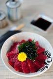 Japanischer Reis mit Maguro stockfotos