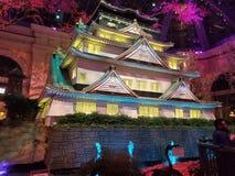 Japanisches Hotel Tempelschrein-Japans Vegas Bellagio, das funkelnd glüht lizenzfreie stockfotos