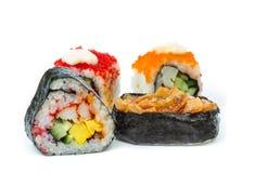 Japanisches Lebensmittel Rolls lokalisiert auf weißem Hintergrund Stockfotografie