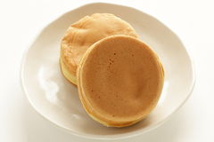 Japanisches Lebensmittel, süßer Wannenkuchen Imagawayaki Lizenzfreie Stockfotos