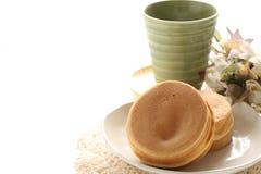Japanisches Lebensmittel, süßer Wannenkuchen Imagawayaki Lizenzfreie Stockbilder