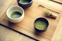 Japanisches orientalisches matcha auf Holztisch Lizenzfreie Stockfotografie
