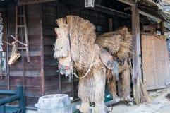 Japanisches Strohpferd Stockfoto