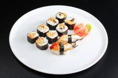 Japanisches Sushiset Stockfoto