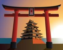 Japans kasteel op de het toenemen zon Stock Afbeelding