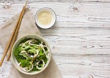 Japanse cuisine- het zeewiersalade van Chuka stock foto's