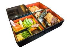 Japanse die bento op dienblad wordt geplaatst Royalty-vrije Stock Foto's