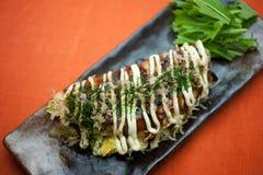Japanse Keuken Okonomiyaki Royalty-vrije Stock Afbeeldingen