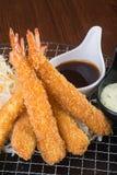 Japanse keuken tempuragarnaal op de achtergrond Stock Foto's