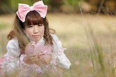 Japanse lolita in weide Stock Afbeelding