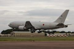 Japanse Luchtdefensie kc-767 Land bij RIAT Stock Foto