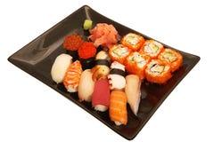 Japanse mengelingssushi Stock Afbeeldingen