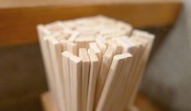 Japanse restaurant beschikbare eetstokjes Stock Fotografie