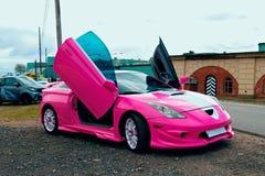 Japanse stemmende sportwagen met lambodeuren Royalty-vrije Stock Afbeelding