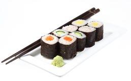 Japanse sushi klaar te eten geïsoleerde stock fotografie