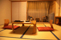 Japanse tatamiherbergen stock foto