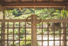 Japanse traditionele architectuur en houten roostervierhoek royalty-vrije stock foto