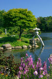 Japanse Tuin in Levendige Kleur Royalty-vrije Stock Afbeeldingen