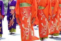 Japanse uitvoerders die in het beroemde Yosakoi-Festival dansen royalty-vrije stock foto