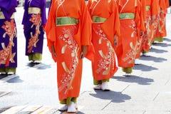 Japanse uitvoerders die in het beroemde Yosakoi-Festival dansen royalty-vrije stock afbeeldingen