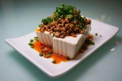 Japanse voedsel koude Tofu met fijngehakt varkensvlees Stock Foto's