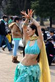 Japanse vrouwen die in het park Tokyo dansen Royalty-vrije Stock Foto